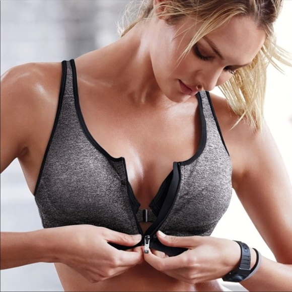 a54a9722d7b3 Victoria Secret• Incredible front close sport bra.  M 5b51298e5bbb801d0d85b672